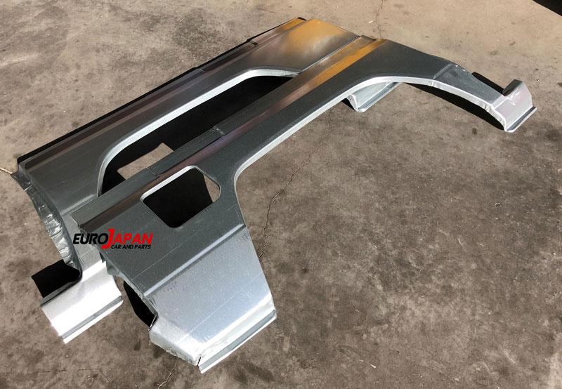 Des ailes de LC 70 neuves chez Eurojapan